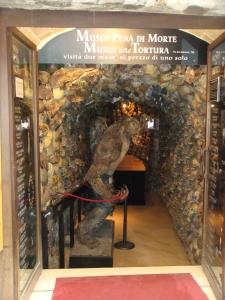 Museo della Tortura in San GImignano Italy