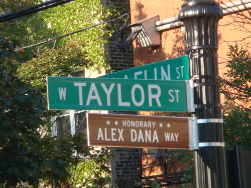 Taylor Street in Chicago