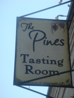 The Pines Tasting Room in Hood River Oregon