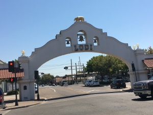 Lodi Arch welcomes visitors to the charming downtown shopping area